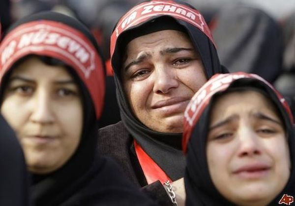 15. У Турков нет официальной религии, но большинство исповедует Ислам. 16. Турки не дерутся руками,