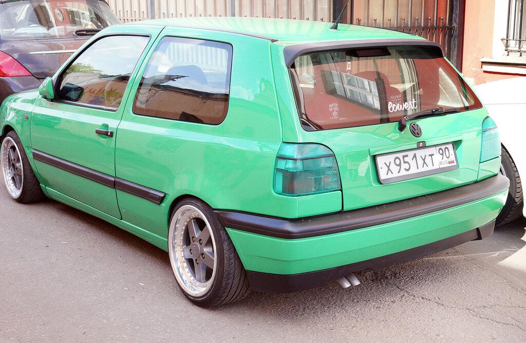 vw-golf-green-low-DSC02364.JPG