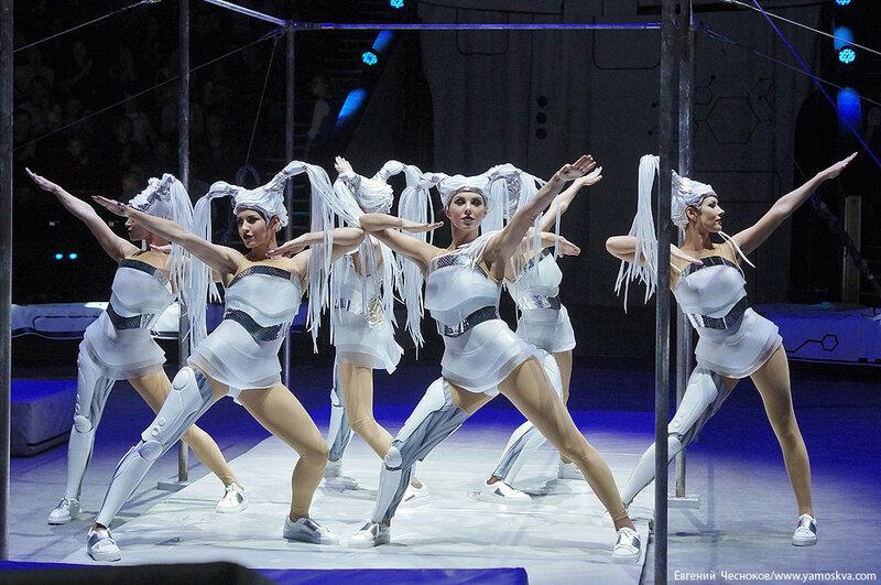 Осень. ЦиркUS. гимнасты Колыхалова. 24.09.16.04..jpg