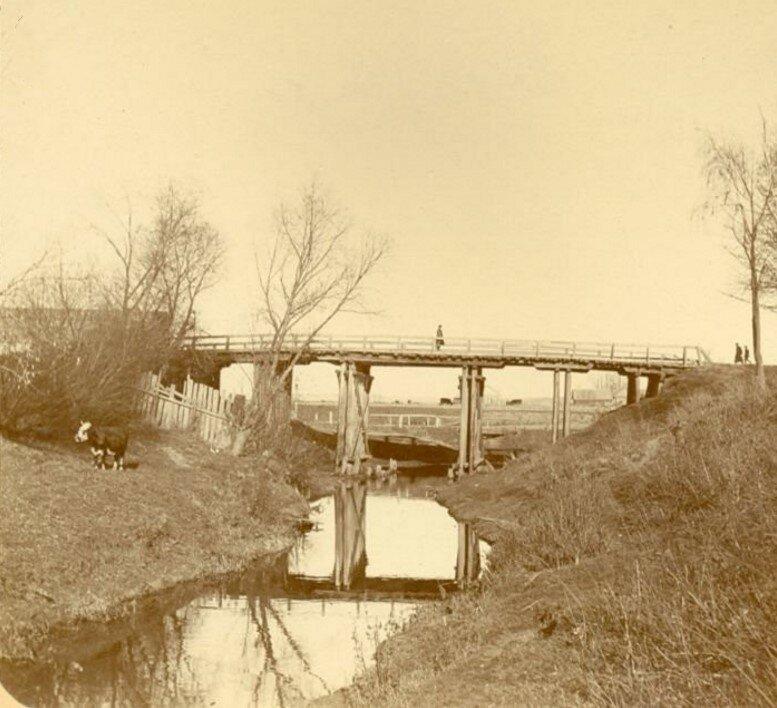 Мост на Демидовской плотине через реку Тулицу