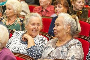 Нижний Тагил,пенсионеры,праздник,собрание,день пожилого человека