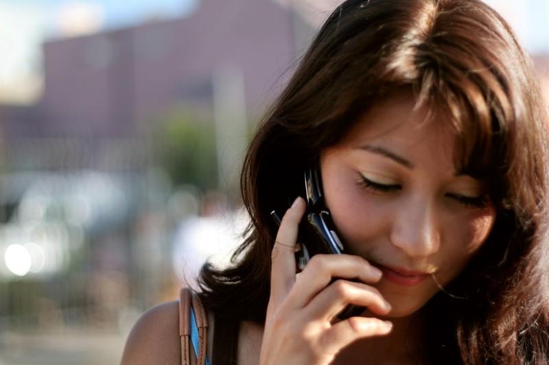 10. Частое использование мобильника приводит к развитию рака головного мозга. Хотя мобильные телефон