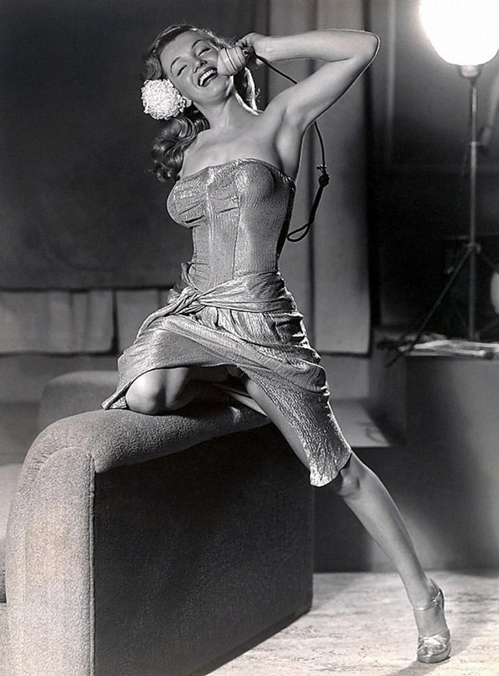 18 редких эротических фотографий Мэрилин Монро в самом начале ее карьеры