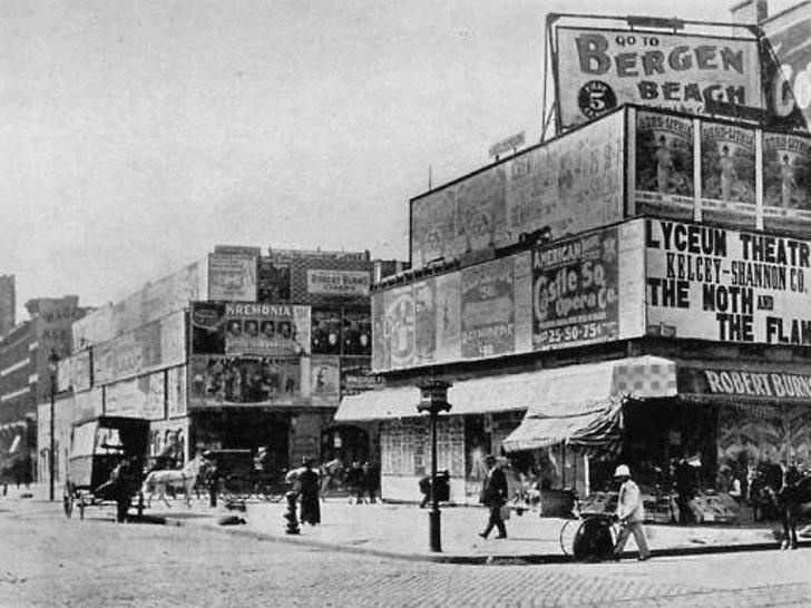 Таймс-сквер в 1898 году. Остров Манхэттен впервые заселили голландцы в 1624 году, и местность, где с