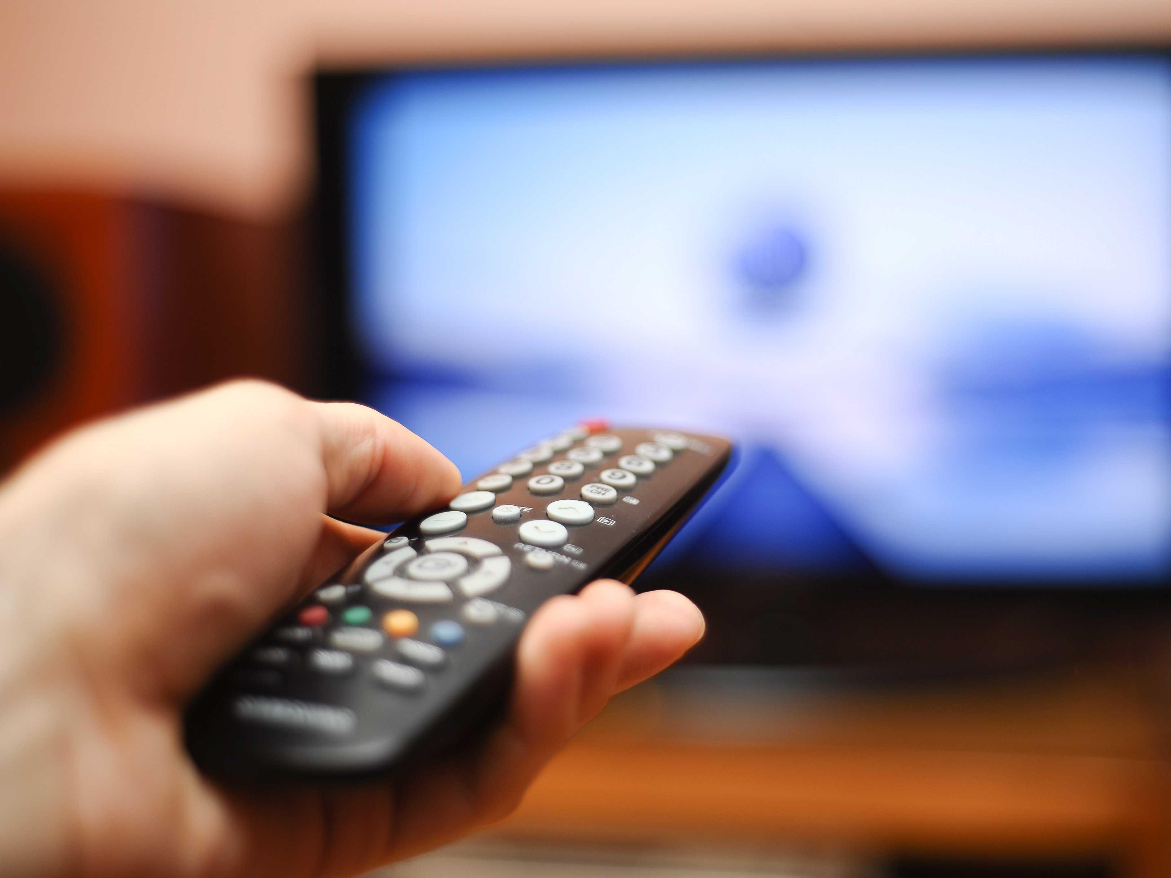 Как смотреть телевизор. Студенты Университета Монклер подвергают критическому анализу то, как мы смо