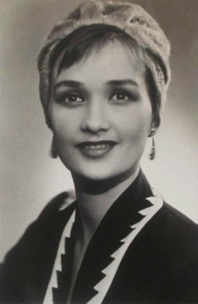 Зинаида Кириенко Одна из самых красивых актрис советского кино. Она прославилась ролью Натальи в кин