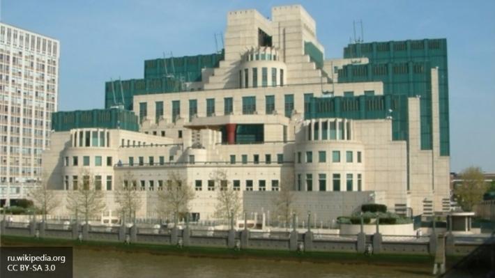 Британия увеличит число шпионов для борьбы стерроризмом до3,5 тысяч