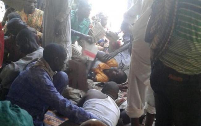 ВНигерии неменее 100 человек стали жертвами неверного авиаудара полагерю беженцев