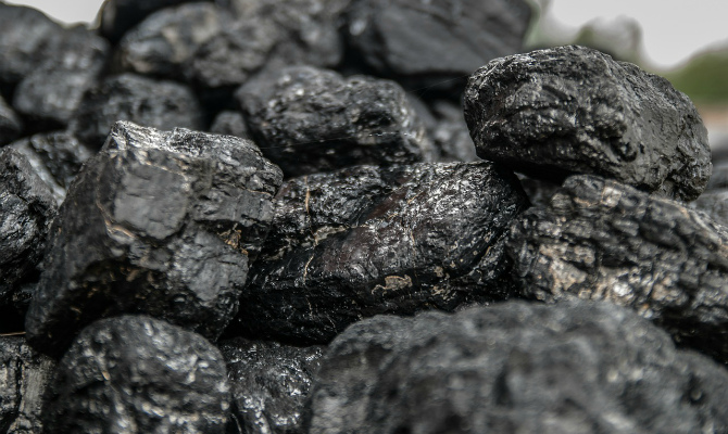 Запасы угля наскладах станций повыробатыванию электричества Украинского государства вначале года снизились на5,5%