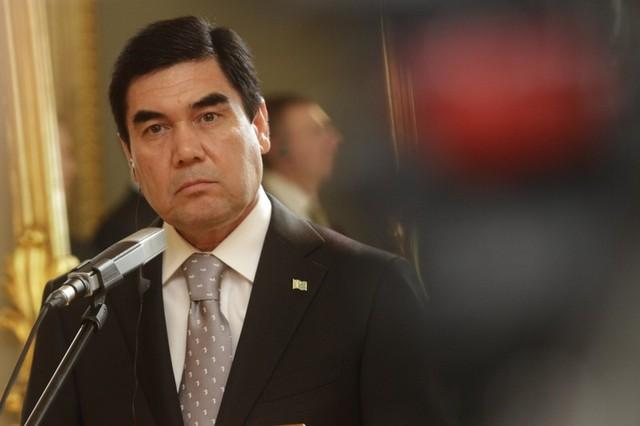 Президент поздравил туркменского коллегу спобедой навыборах