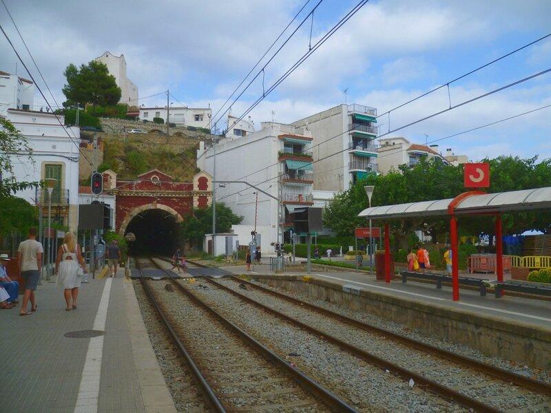 Испания, станция Сан Поль де Мар (Spain, the station of San Pol de Mar)