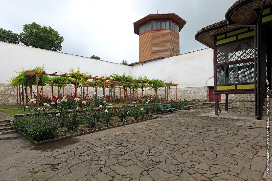 Соколиная башня Ханский дворец