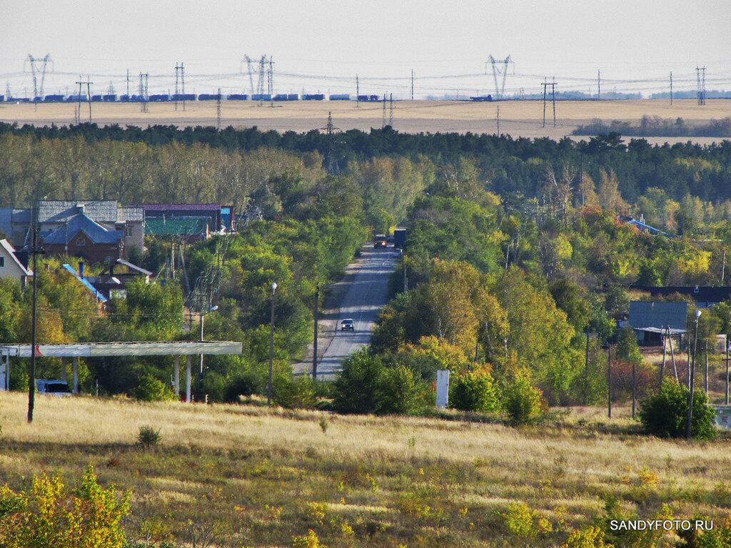 Вид на посёлок Мирный с возвышенности