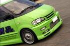драг-автобус Nissan Serena