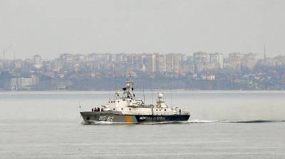 В украинских водах: Российские корабли и боевой самолет жемчуг на перехват корабля наших пограничников