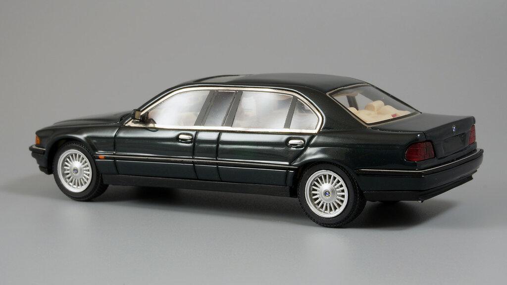 BMW_L7_05.jpg