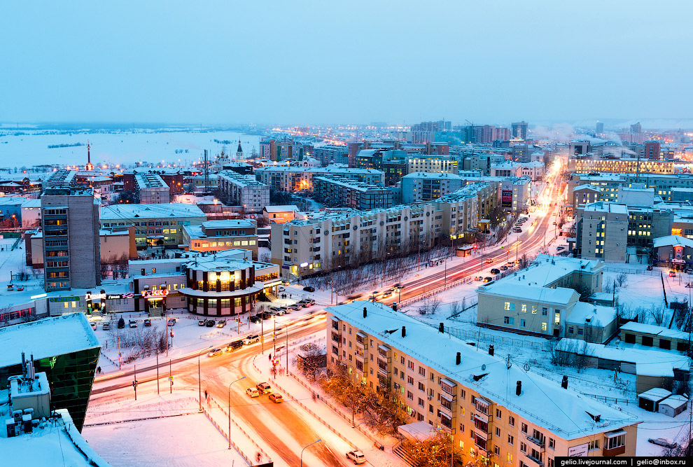 55. Строительный округ — один из 10 административных округов в составе Якутска.