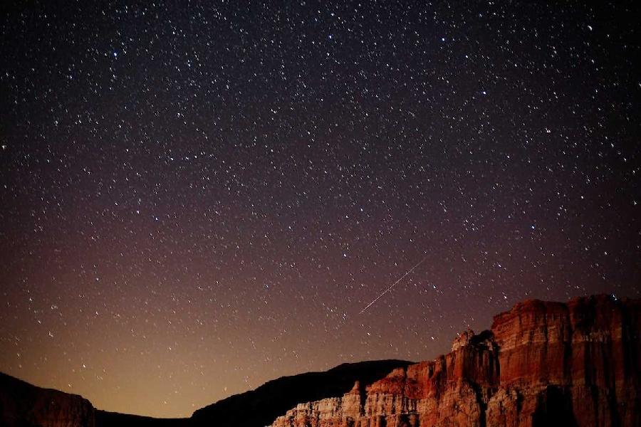 6. Персеиды Персеиды также активны в период с июля по август. Метеоры высвобождаются из кометы Свифт