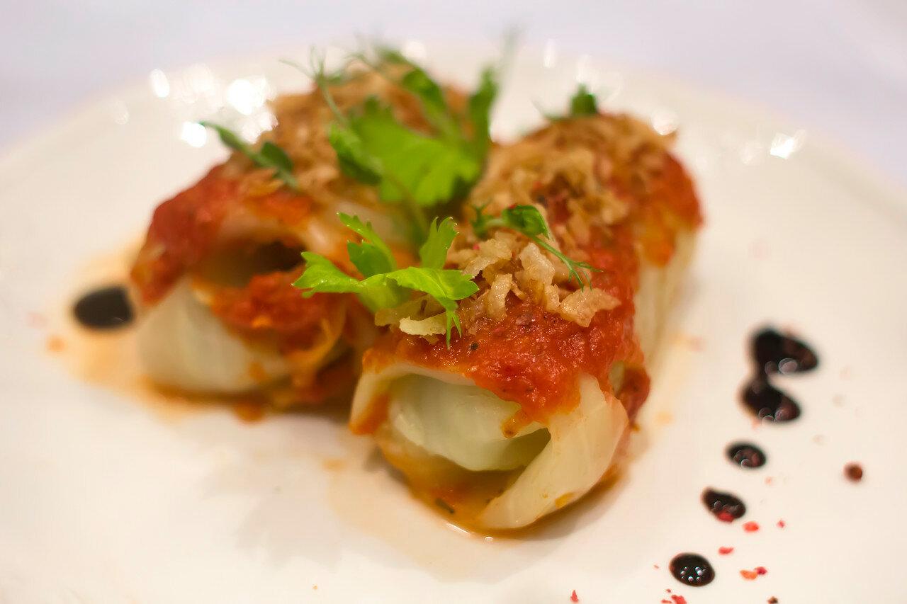 Голубцы из говяжьей тушенки – рецепт от шеф-повара