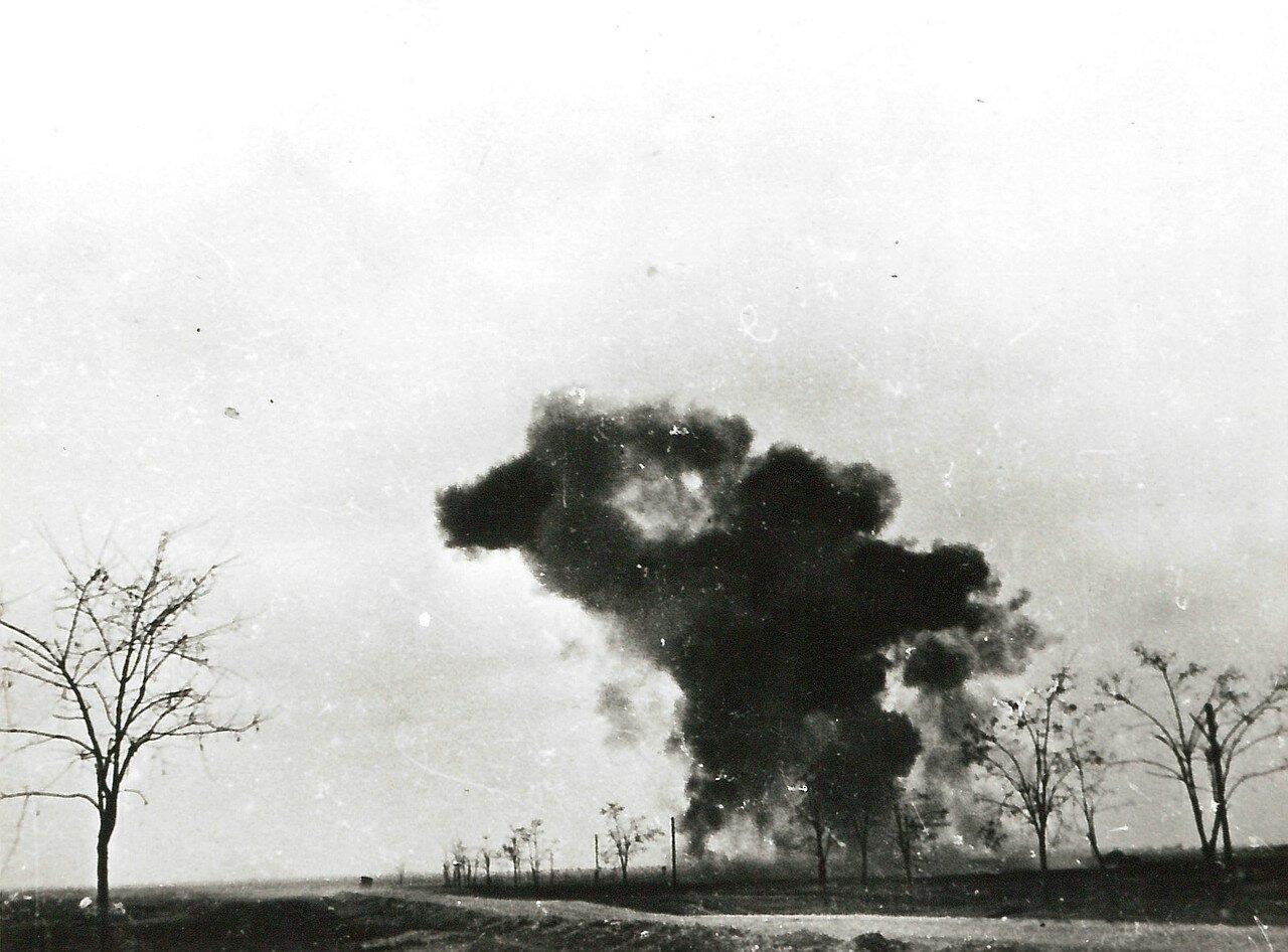1941. Соженный танк 1-ой танковой армии Клейста во время битвы за Ростов-на-Дону