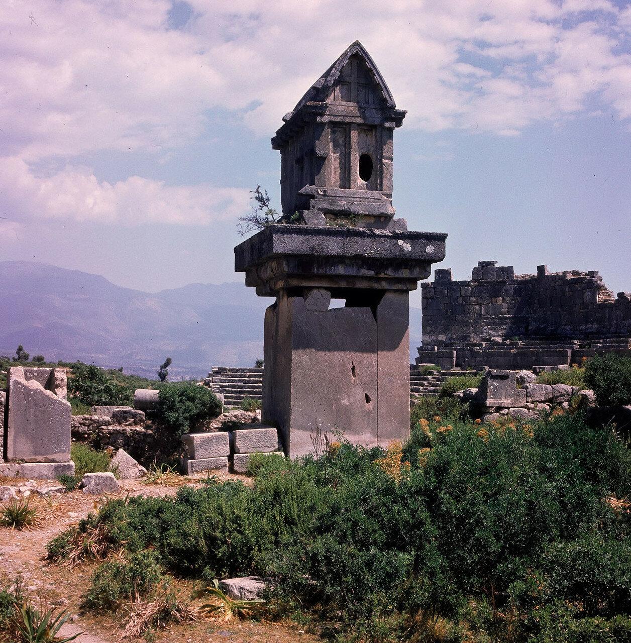 Ксанф. Ликийские гробницы