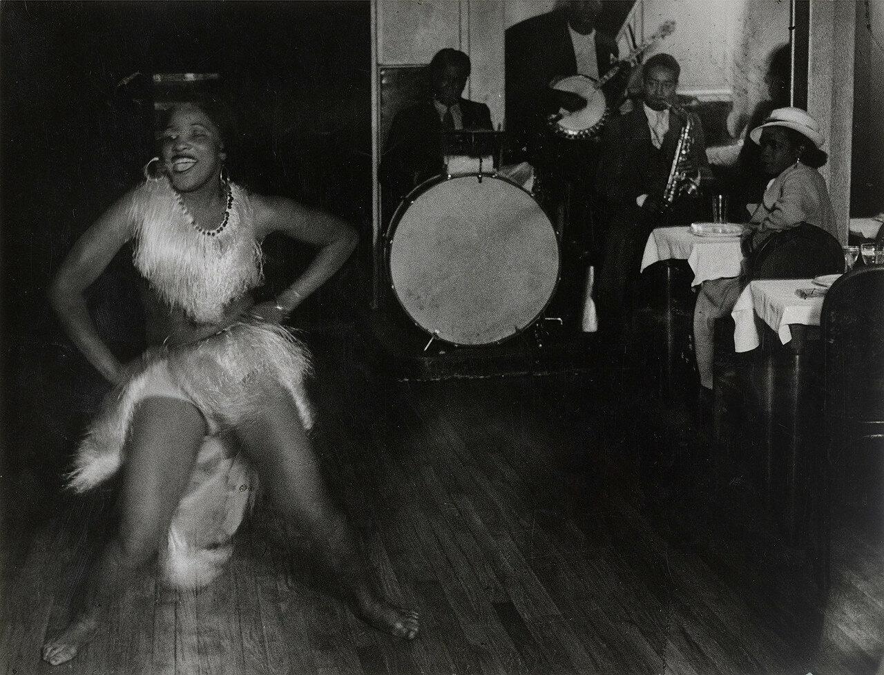 1932. Жизель и «Черный оркестр» в «Буле Бланш», Монпарнас