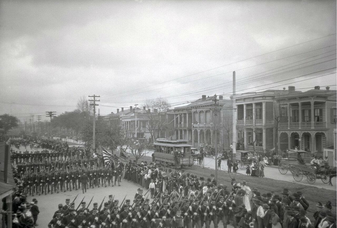1896-1897. Путешествие Б.Д.Вострякова в Америку. Новый Орлеан. Парад в честь дня рождения Джорджа Вашингтона