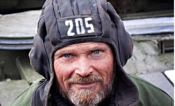 История украинского танкиста: Как герой, пенсионер, доброволец защищает Родину