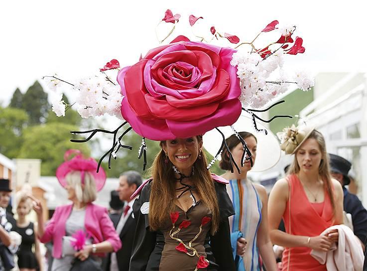 «День леди»: парад шляпок на скачках Royal Ascot 2016 0 165a2f 6ba50274 orig