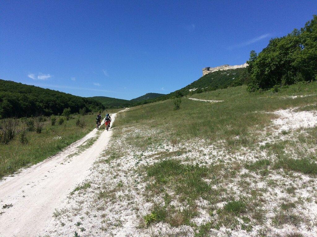 Блог компании Триал-Спорт: GT: Крымские хроники. Часть первая - Прогулка в Бахчисарай