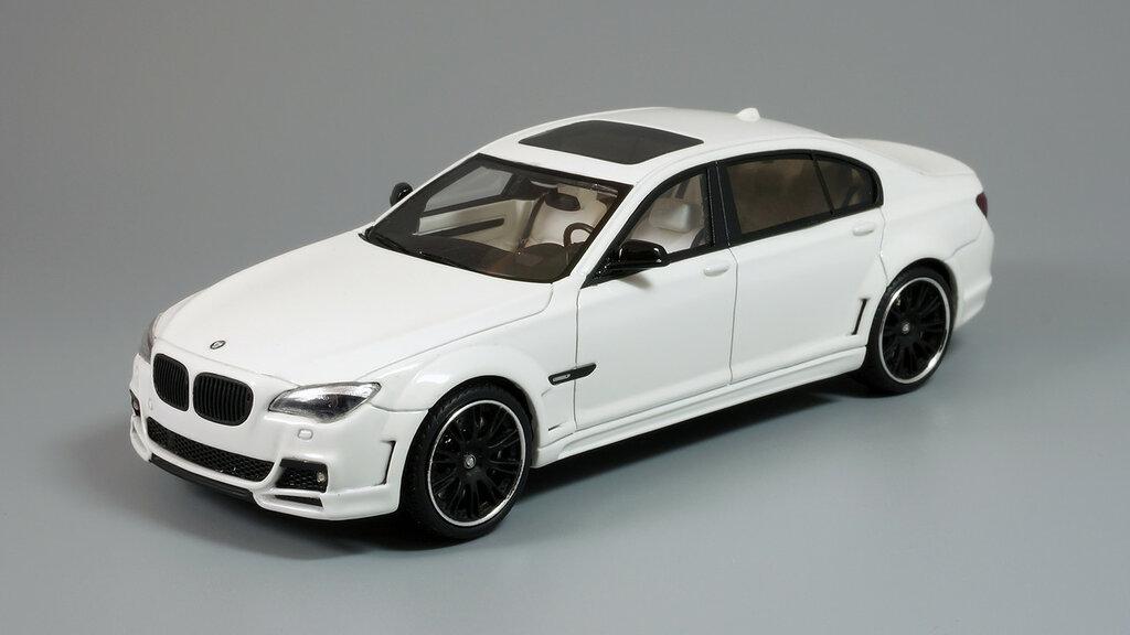 BMW_CLR_750_03.jpg