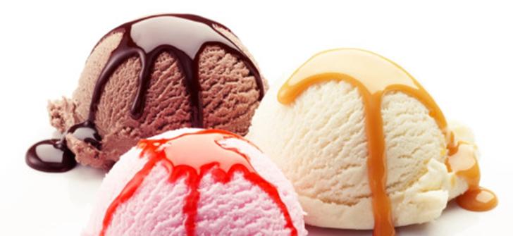 Как и в случае с кубиками льда, мороженое не способно выдержать высокие температуры в студии во врем