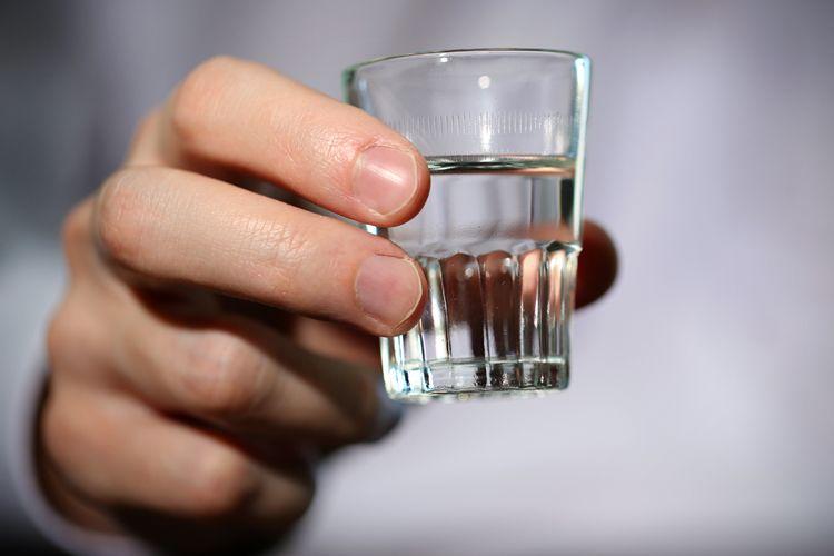 1. Отлично снимает зубную боль Чтобы на время успокоить зубную боль, необходимо положить на десну вы