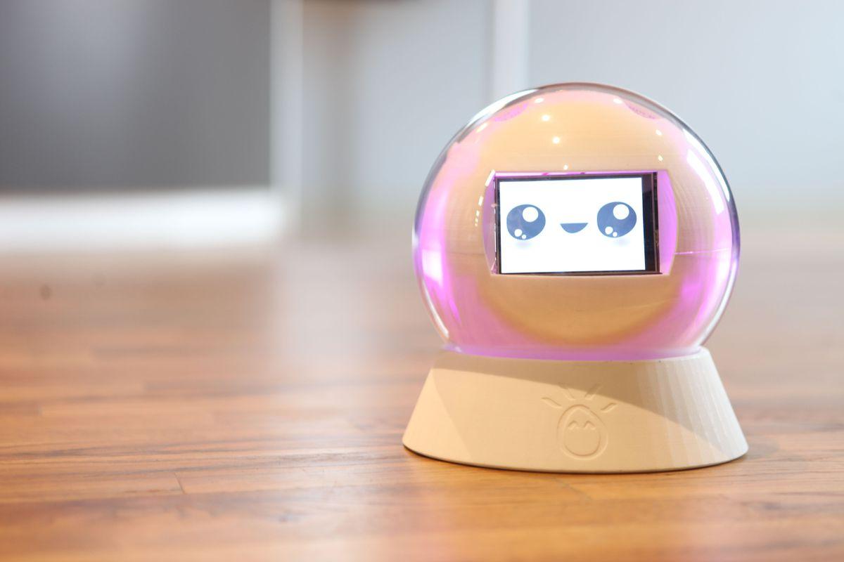 Leka не просто миловидная игрушка. Это интерактивное мультисенсорное устройство, которое станет друг