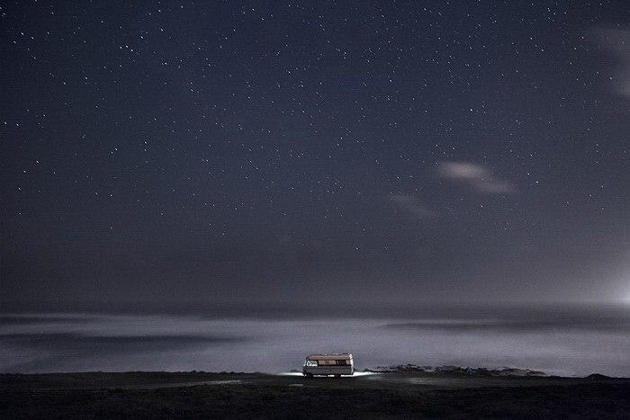 Ночное небо над фургоном