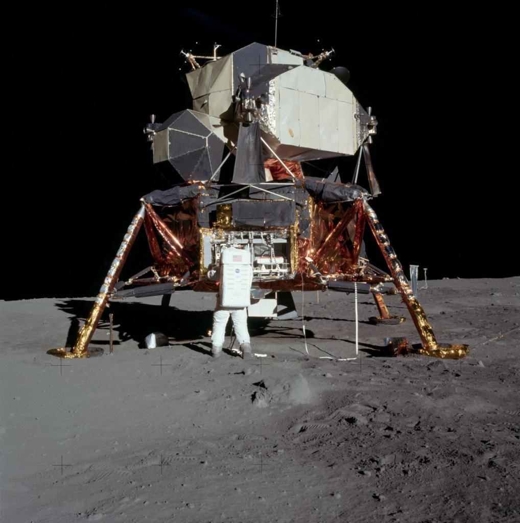 Лунный модуль корабля «Аполлон» (NASA)