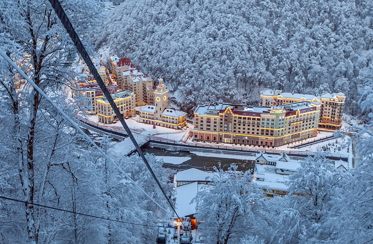 Путин: не совершенно напрасно Сочи развивали как круглогодичный курорт