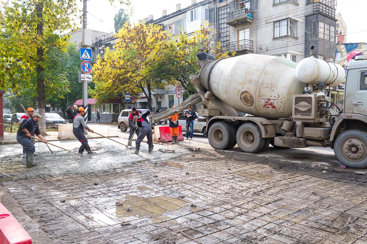 Строительство пешеходной зоны Саратов фото 17