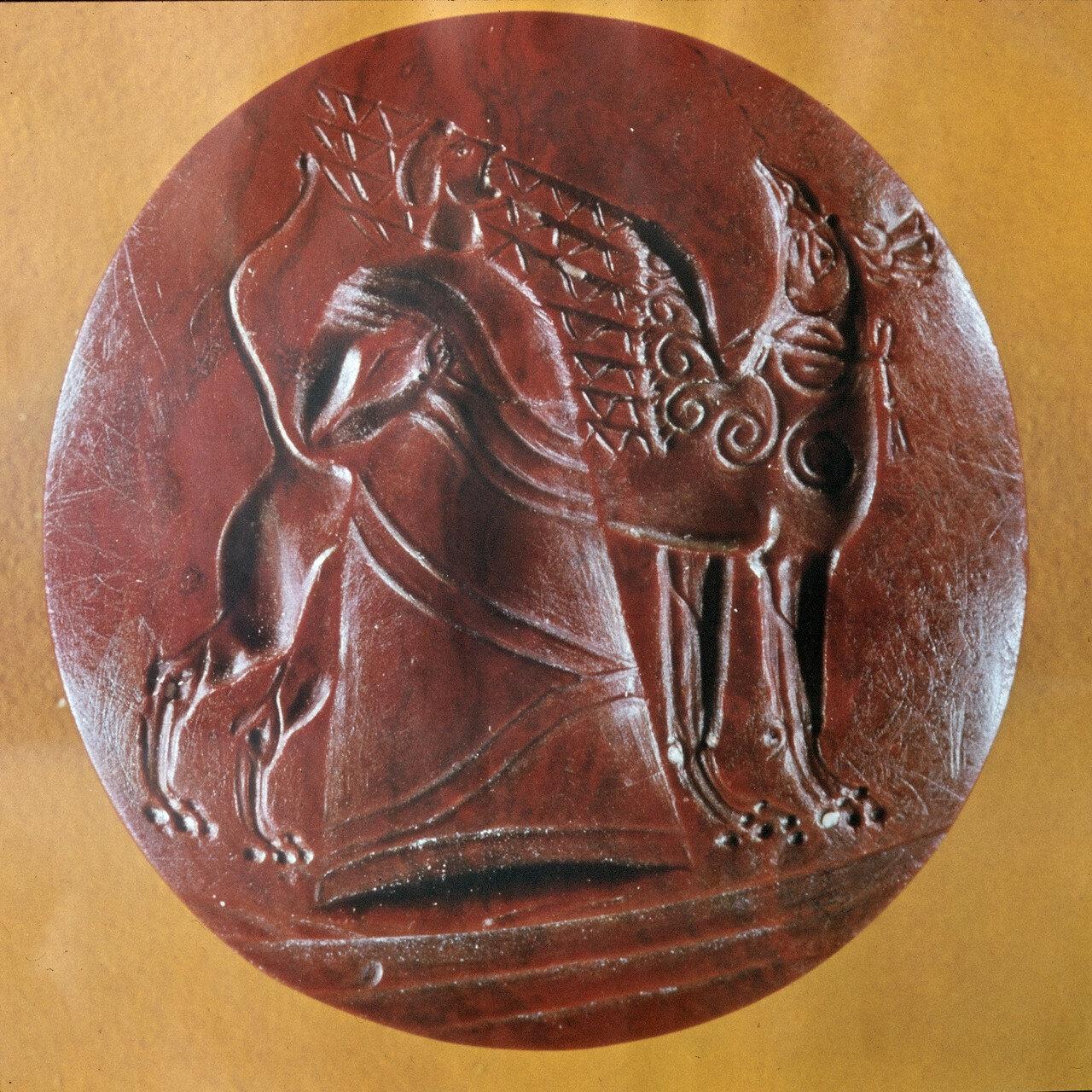 Жрец. Яшма, 22,5 х 21 мм, XV в. до н.э.