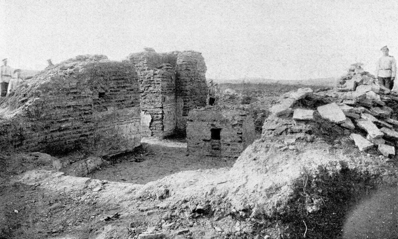 Раскопки церкви св. Василия Борисоглебского монастыря. 1909