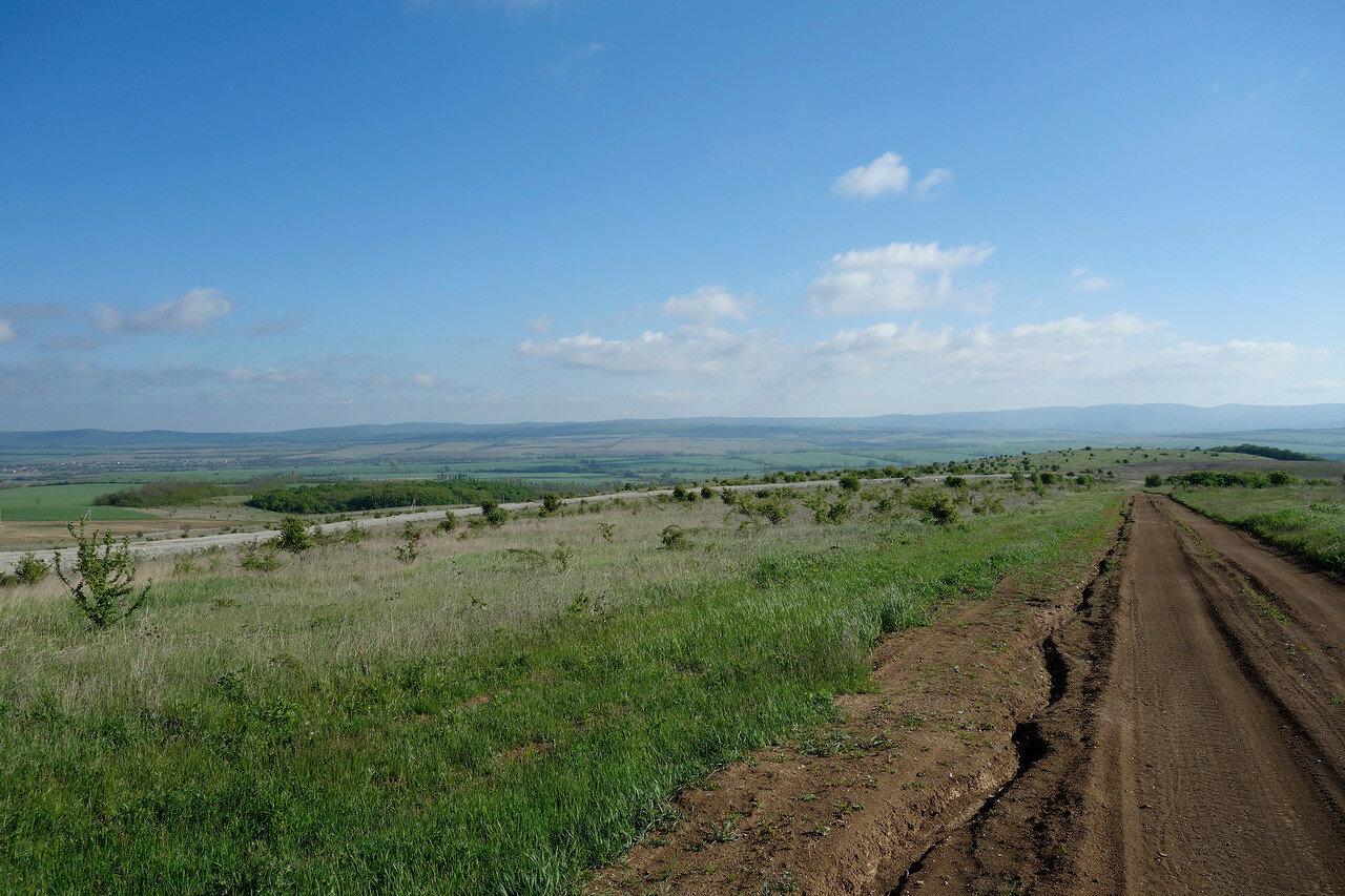 кустарниковая степь близ Гай-Кодзор