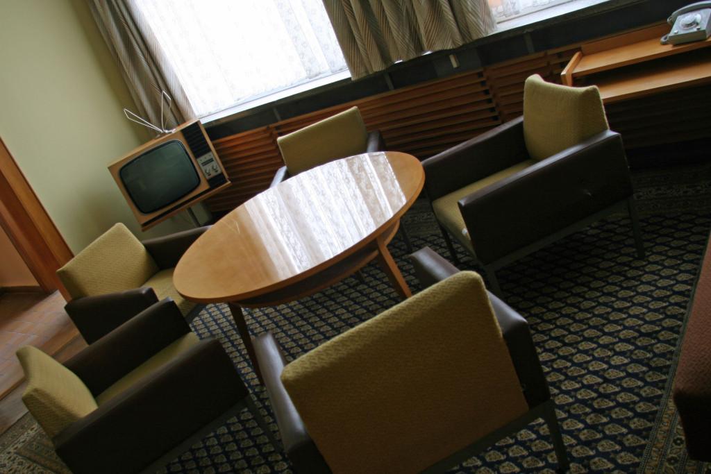 erich-mielkes-lounge-area-1024x683.jpg