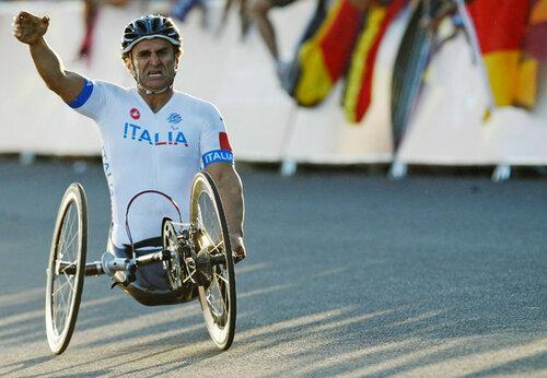 Экс-пилот «Фомулы-1» в третий раз стал паралимпийским чемпионом