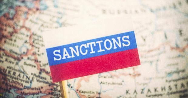 Закрыть все лазейки: Эксперт объяснил, в чем цель новых антироссийских санкций