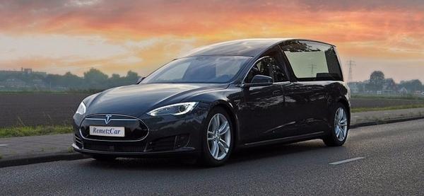 Tesla Model S стала катафалком