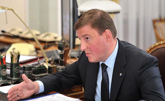 Турчак предложил президенту поднять  таможенные пошлины наэлектронику до60%