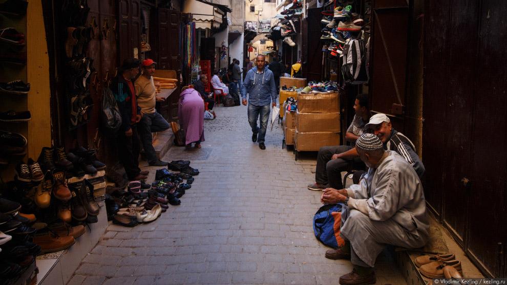 12. Конечно, Фес эль-Бали выделяется среди других старых арабских городов своим размахом.