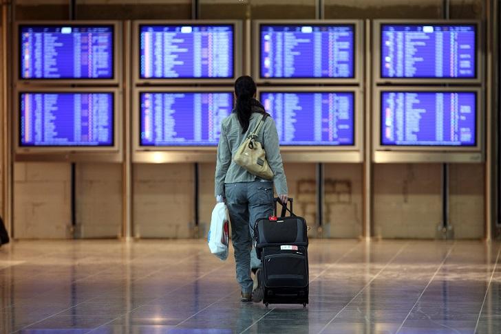 1. Как купить самые дешевые билеты: — подружитесь с агрегаторами вроде SkyScanner или AviaSales, кот