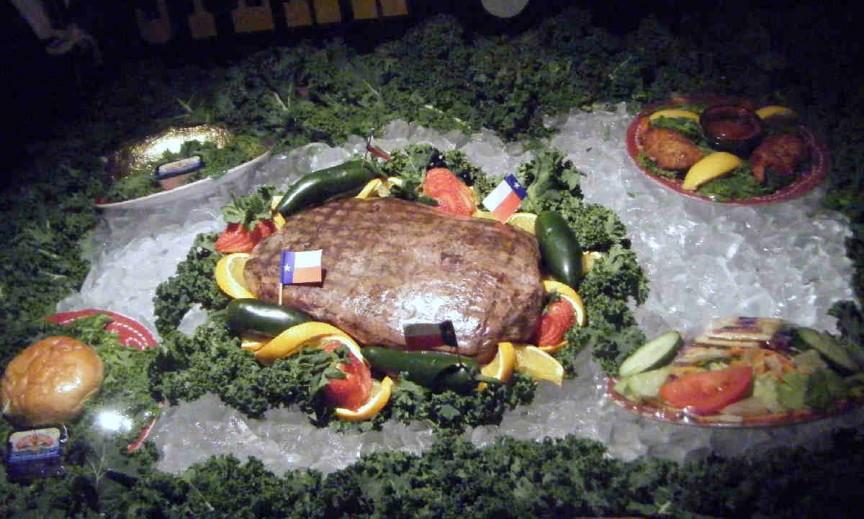 6. Большой техасский стейк Существует много конкурсов по поеданию именно стейков. Ресторан, располож