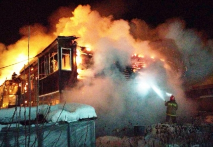 ВЮгре сгорел многоквартирный дом. 30 человек остались без крова